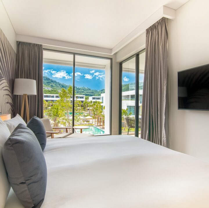 Junior Suite | junior-suite-pool-view-stay-resort