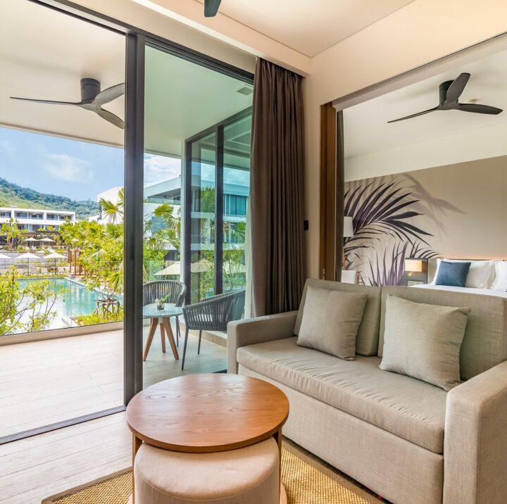 1 Bedroom Suite | STAY-WELLBEING-LIFESTYLE-RESORT_ONE-BEDROOM-SUITE-POOL-VIEW_LIVING-AREA