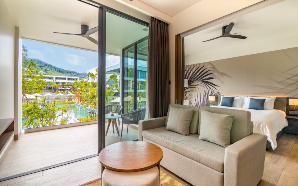 One Bedroom Suite Pool View : STAY Wellbeing & Lifestyle Resort