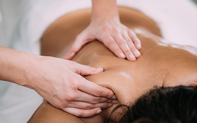 TRADITIONAL THAI MASSAGE : STAY Wellbeing & Lifestyle Resort