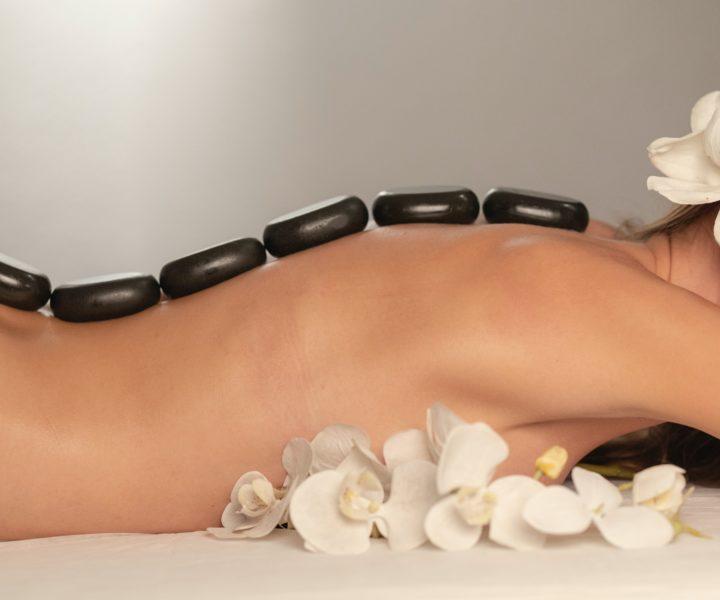 Panpuri Treatments : hot stone massage in rawai phuket