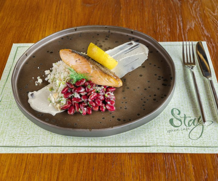 Stay Green Cafe : Salmon stay green phuket