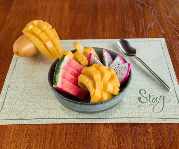Stay Green Cafe : Fruit bowl stay green phuket